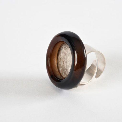 Round Jewelery Ring