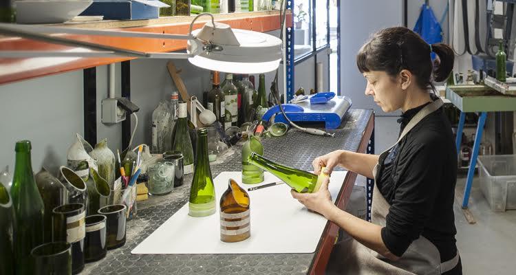 ¿Cuáles son las diferencias entre vidrio artesanal y vidrio industrial?