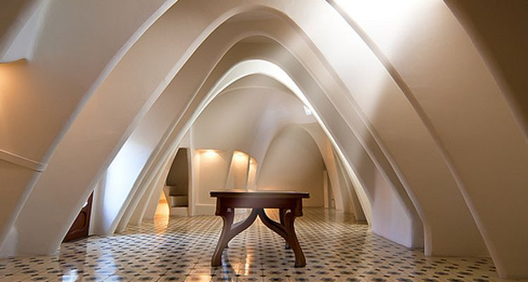 attic casa battlo modernism